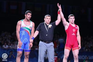 komarov chasing fourth world title united world wrestling