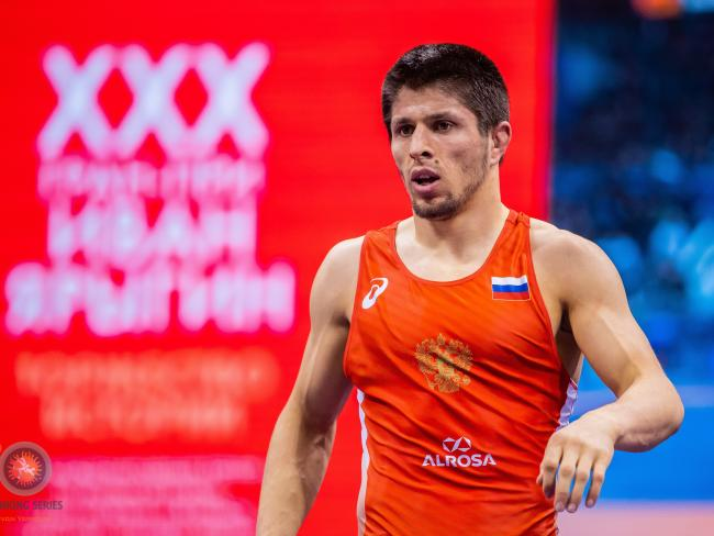 Host Russia Wrestles Eight into Day One Finals of Ivan